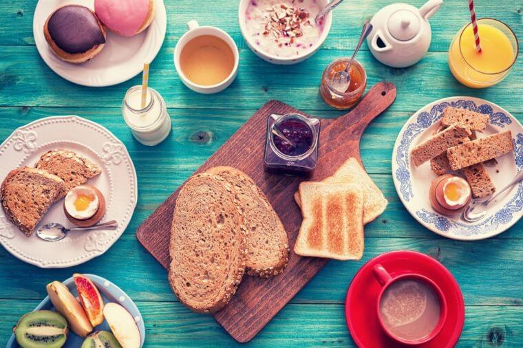 Colazione in menopausa: light e salato