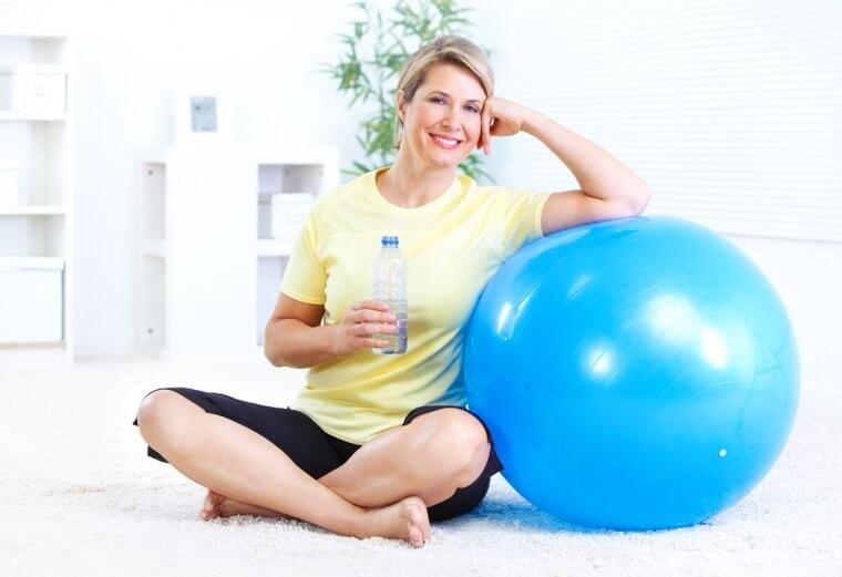 Contrasta i disturbi della menopausa con l'attività fisica