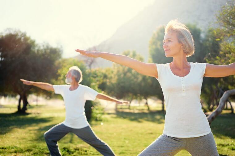 Yoga: un alleato del benessere in menopausa
