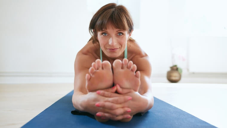 Menopausa: alleviare i sintomi con lo stretching