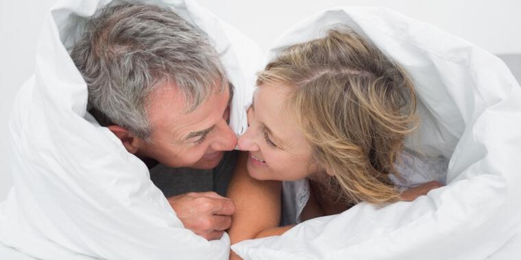 Sesso in menopausa? Ecco i consigli per tornare a viverlo a pieno